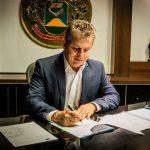 A Voz do Povo: governador Mauro Mendes diz para a Sorriso FM que entrega reforma do HRS em 90 dias